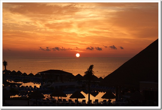 ---A-Cancun-sunset-over-the-Lagoon.
