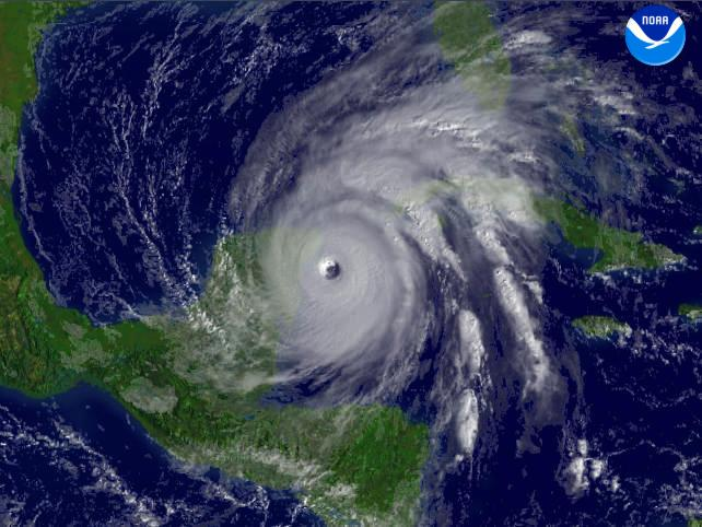 hurricane wilma satellite image