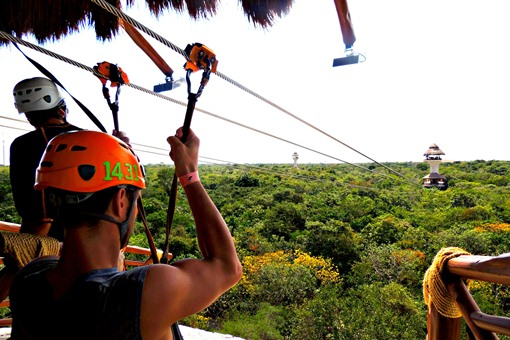 Cancun ziplining